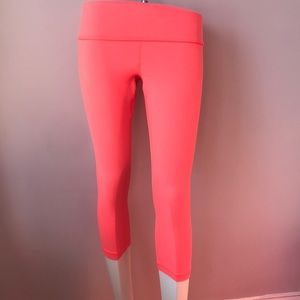 Lululemon Crop Yoga Gym Leggings